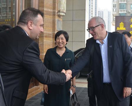 New Zealand Ambassador visits Ningde Wanda Realm Hotel
