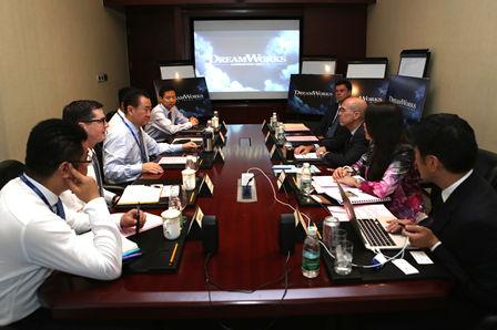 DreamWorks CEO visits Wanda, talks with Wang Jianlin