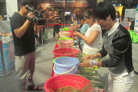 Wanda celebrates Dragon-Boat Festival in meaningful ways