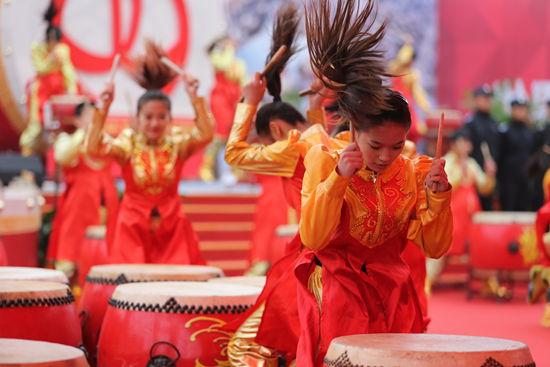 Wanda unveils world's largest drum shaped structure