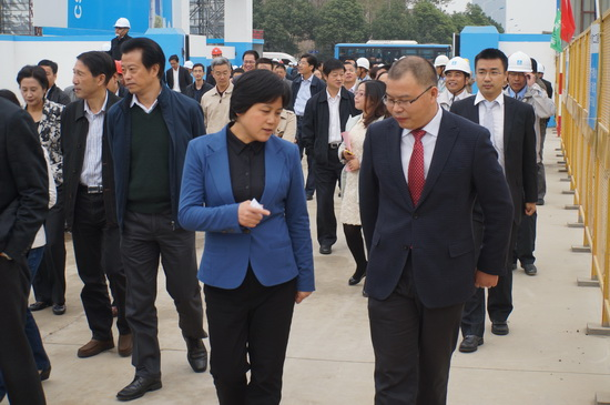 Jiaxing Party Secretary visits Wanda Plaza