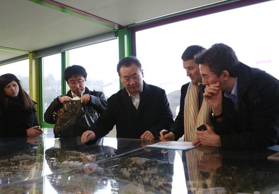 Wang Jianlin meets Cannes Film Festival General Delegate