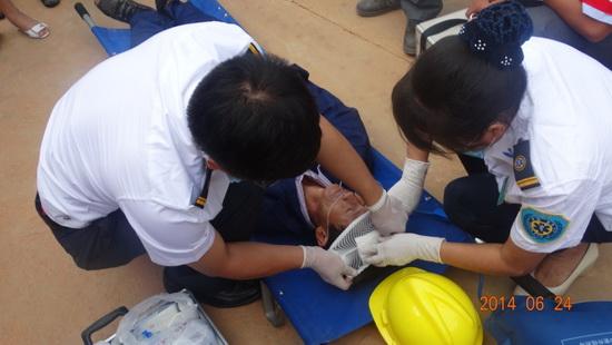 西双版纳/6月24日,一场大型消防演习在云南省第一人民医院西双版纳医院...