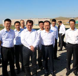 Chairman Wang Jianlin Visits Urumqi