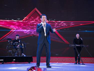 王健林董事长演唱《一无所有》