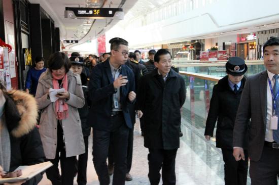 国家农业部副部长陈晓华一行考察太原龙湖万达广场