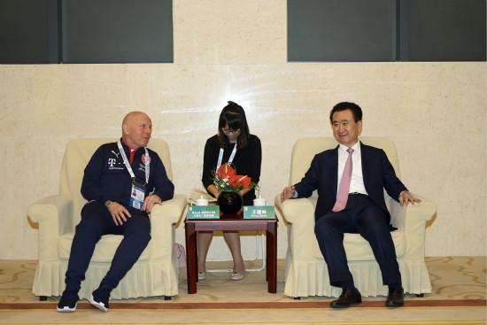 王健林董事长会见捷克队主教练