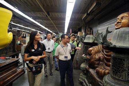 王健林董事長考察洛杉磯環球影城及迪斯尼樂園