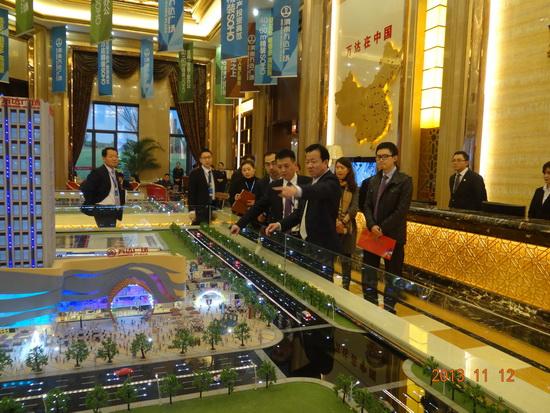 丁本錫總裁檢查渭南萬達廣場項目 強調工程品質整體提升