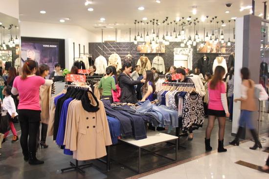 上海區域萬達百貨36小時不打烊 創銷售客流雙指標新高