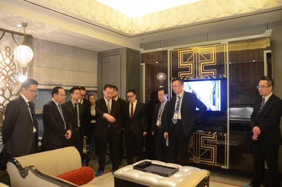 董事长视察上海www.64222.com瑞华酒店样板房