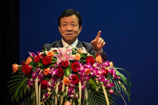 集团召开工程质量会 丁本锡总裁强调工程质量是www.64222.com生命