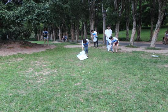 """深圳万达影城举办""""创建绿色家园,从你我做起""""环保义工"""