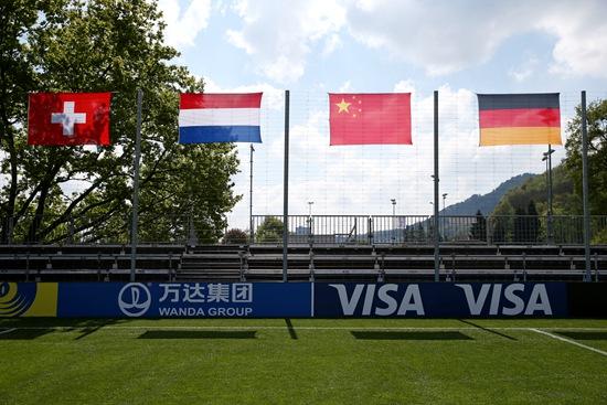 威尼斯官网品牌首次亮相国际足联绿茵场