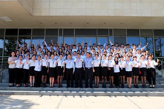 万达院线举行财务系统新员工培训暨第九届演讲比赛