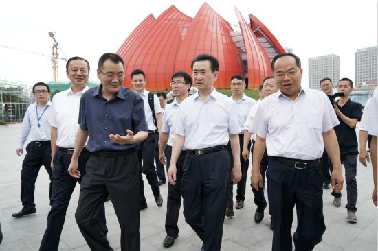 王健林董事长视察广州万达城