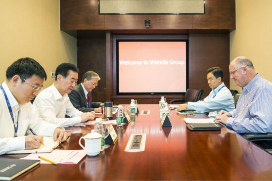 王健林董事长会见国际女子网球协会CEO