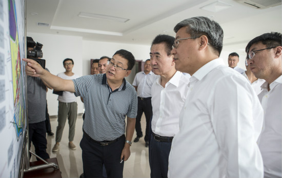 甘肃省委书记林铎、省长唐仁健会见王健林董事长