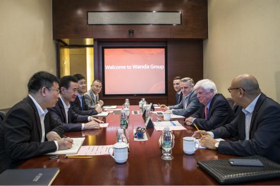 王健林董事长会见美国电影协会全球主席