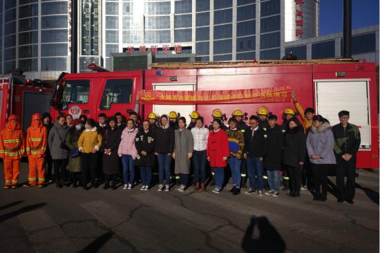 大同万达影城举行2017年下半年消防实战演练