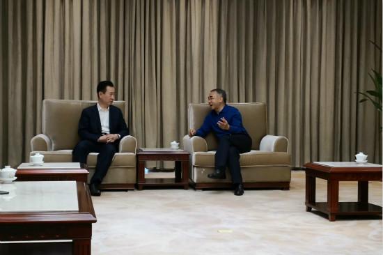 四川省委常委、成都市委书记范锐平会见王健林董事长