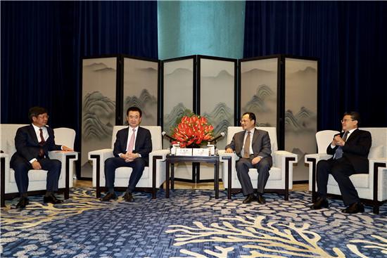 山东省副省长于杰与青岛市长孟凡利会见王健林董事长