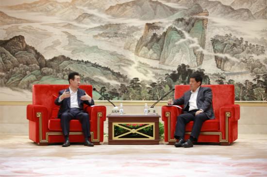 成都市长罗强会见王健林董事长