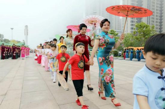 合肥万达乐园举办母亲节系列公益活动