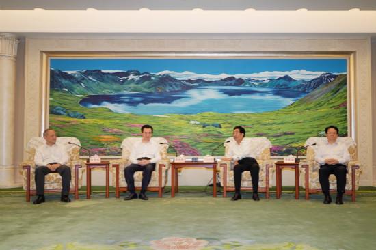 吉林省委书记省长会见王健林董事长