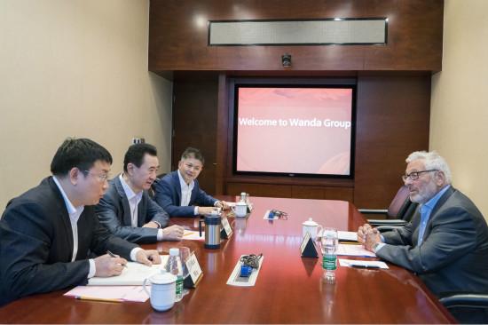 王健林董事长会见美国电影艺术与科学学院前主席