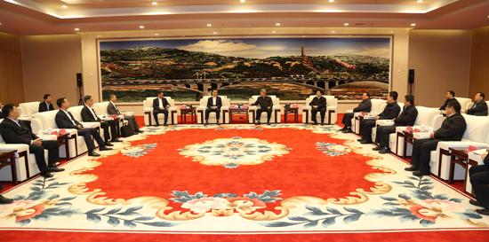 延安市委书记市长会见王健林董事长