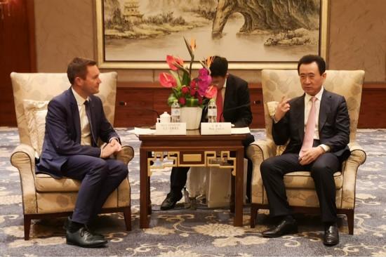 王健林董事长会见国际自盟主席大卫.拉帕蒂安