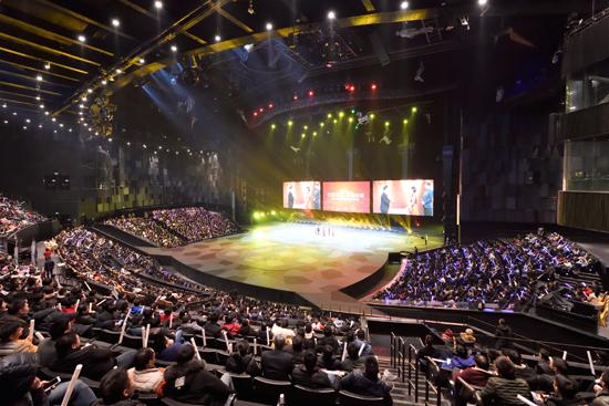汉秀剧场承办高德红外集团20周年庆典