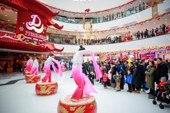 """南京万达乐园""""古风中国节""""春节吸引8万客流"""