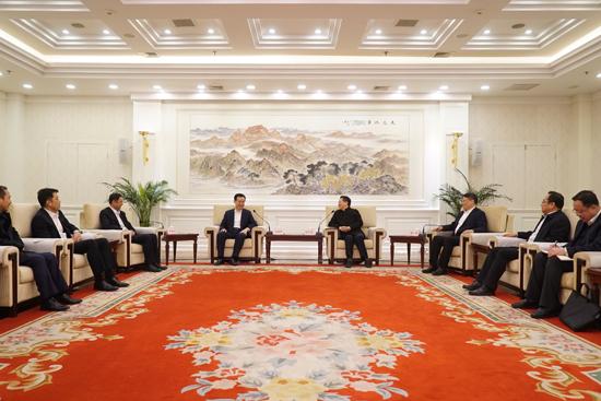 遼寧省委書記省長會見王健林董事長