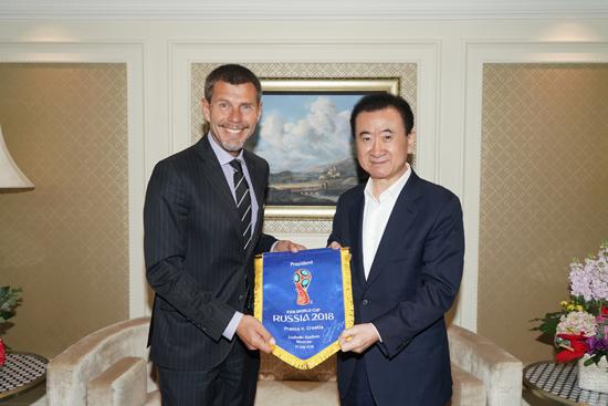 王健林董事长会见国际足联副秘书长博班