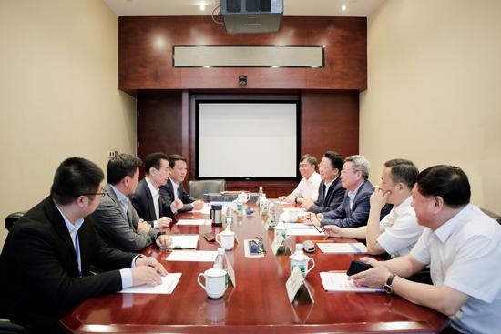 王健林董事长会见辽宁政协副主席和铁岭市委书记