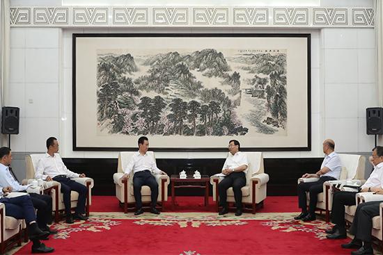 陕西省委书记胡和平、省长刘国中会见王健林董事长