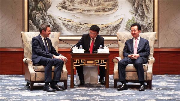王健林董事長會見國際自盟主席大衛·拉帕蒂安