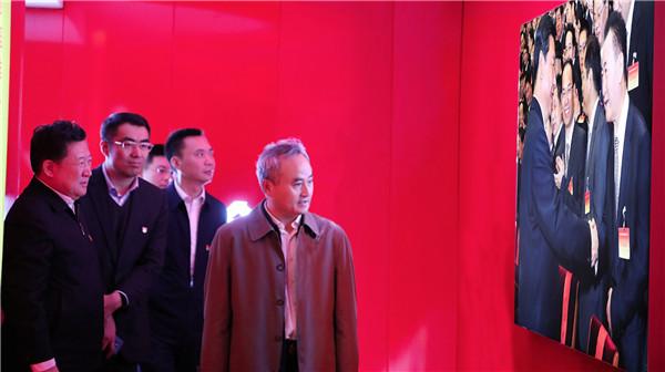 大连市委组织部长王炳森高度肯定大连党建中心
