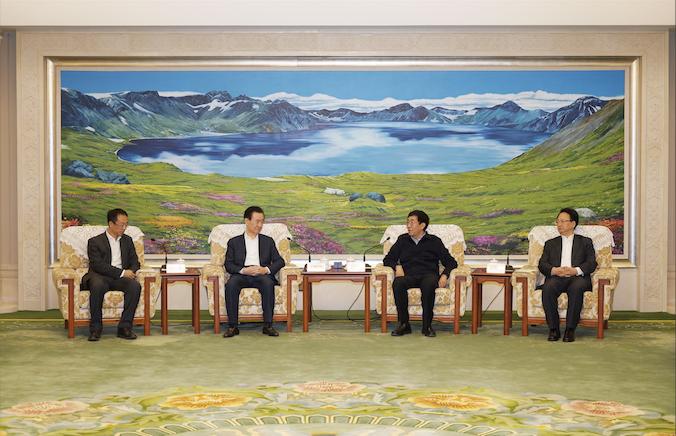 吉林省委書記巴音朝魯、省長景俊海會見王健林董事長