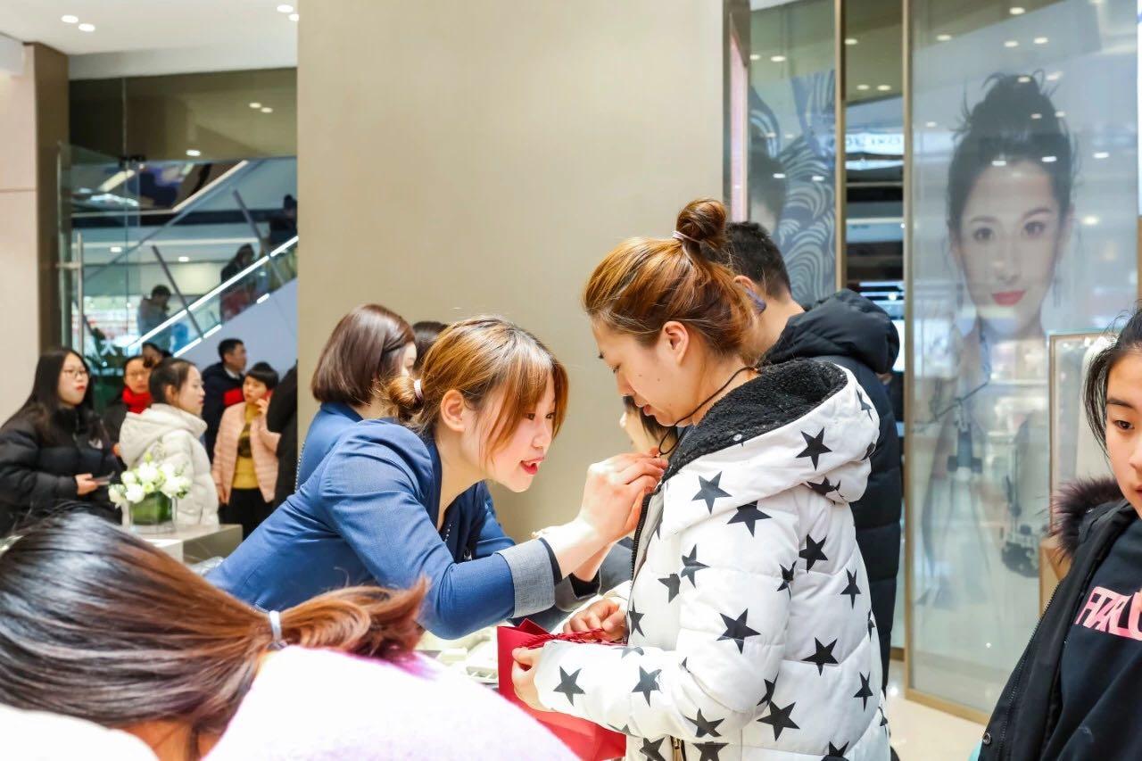 中国社科院发布万达就业报告 万达广场成就业稳定器