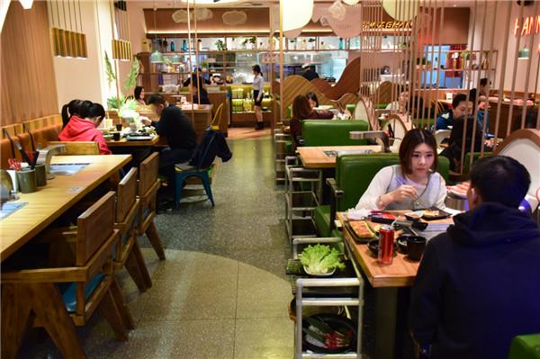 万达广场客流恢复到83%