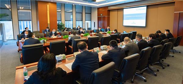 商管集团召开5月经营管理会议 推动全员营销