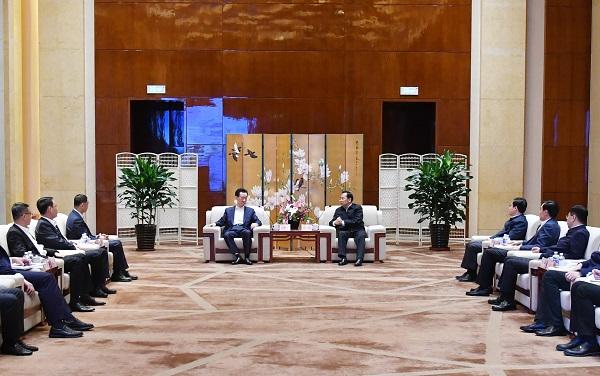 沈阳市委书记张雷、市长姜有为会见王健林董事长