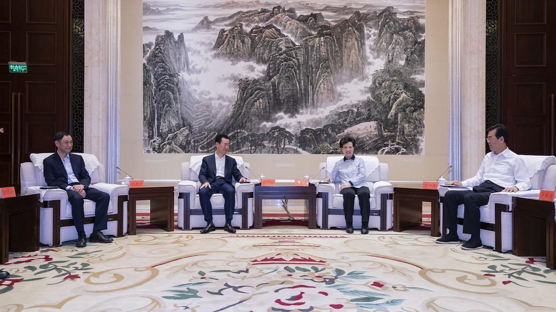 贵州省委书记谌贻琴省长李炳军会见王健林董事长