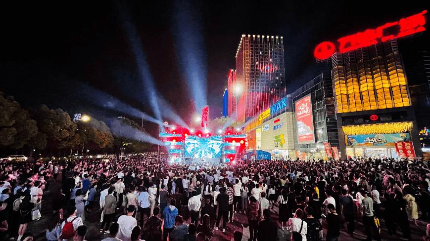 【新華網】五一黃金周萬達廣場指標大幅增長