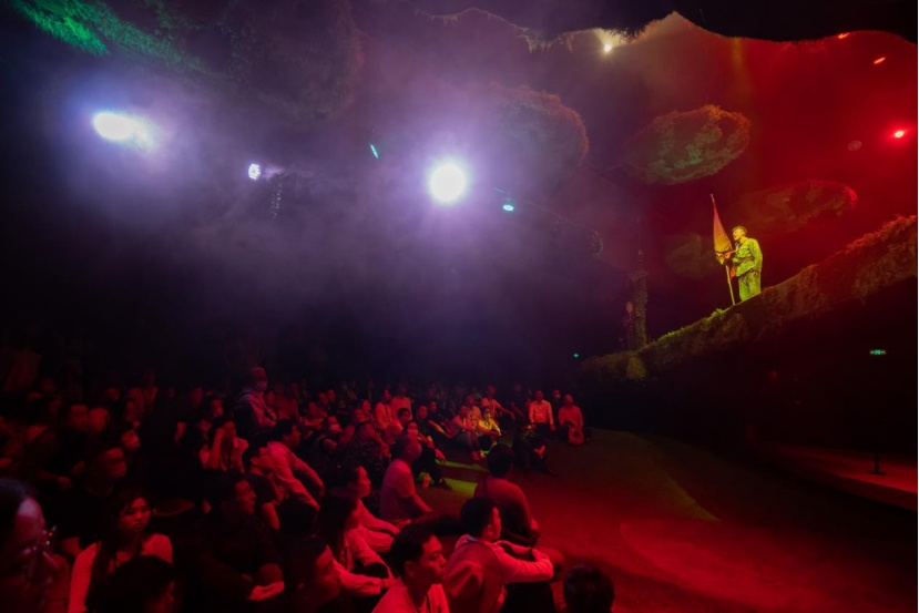 【央廣網】大型紅色沉浸演藝《再回延安》為何讓人淚目
