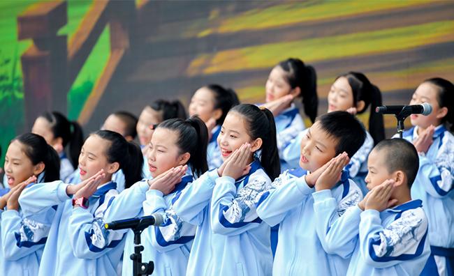 【人民网】用音乐为孩子插上梦想的翅膀