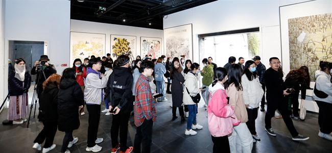 延安红街美术馆举办国家画院名家花鸟画展